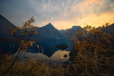 A smokey sunset at Grizzly Lake