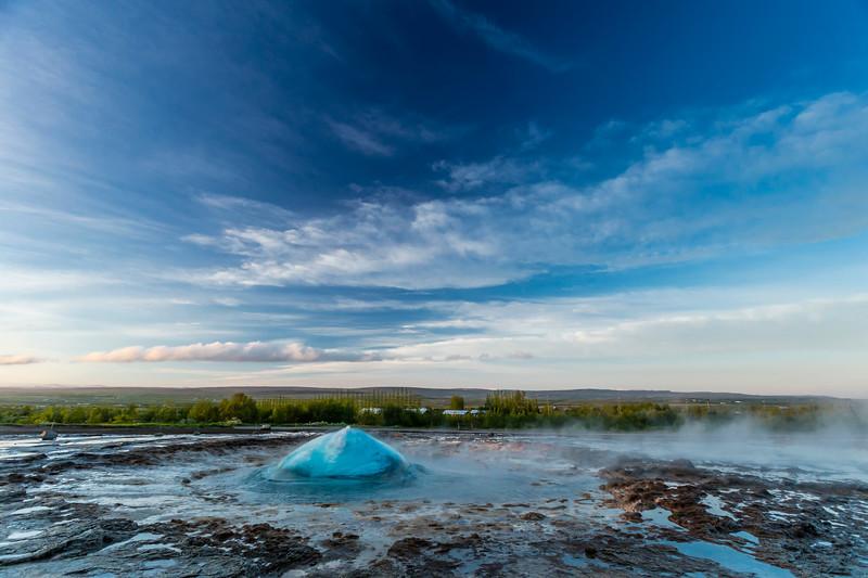 Iceland-Haukadalsvegur-Geysir Geothermal Field-Strokkur [the churn]-THE BLUE BUBBLE