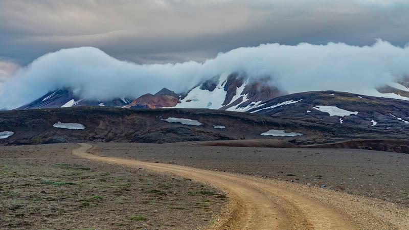 Iceland-Kerlingarfjöll mountain road