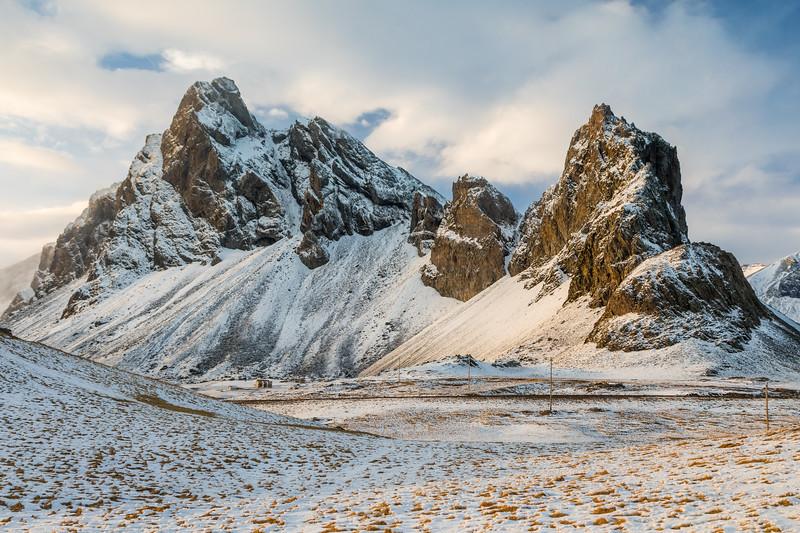 Iceland-Hrafnabol-Hrafnabolstindur-Breiditundur