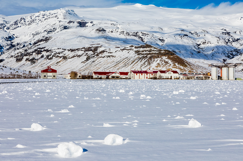Iceland-Eyjafjallajökull-fresh snow