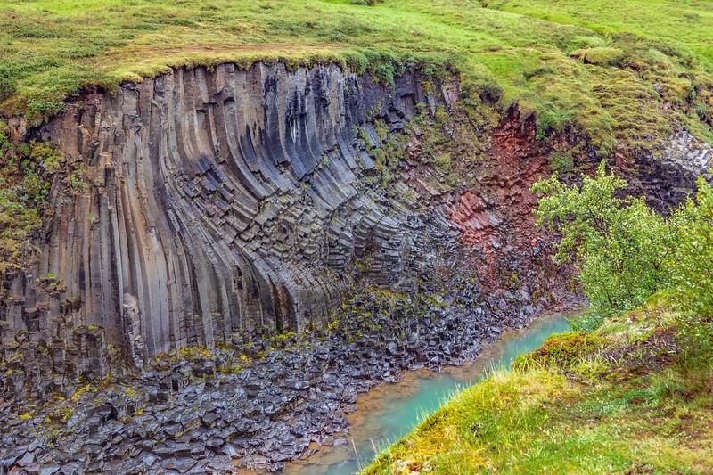 Iceland-JÖKLA-Jökulsá á Brú-Stuðlagil Canyon-Basalft formations