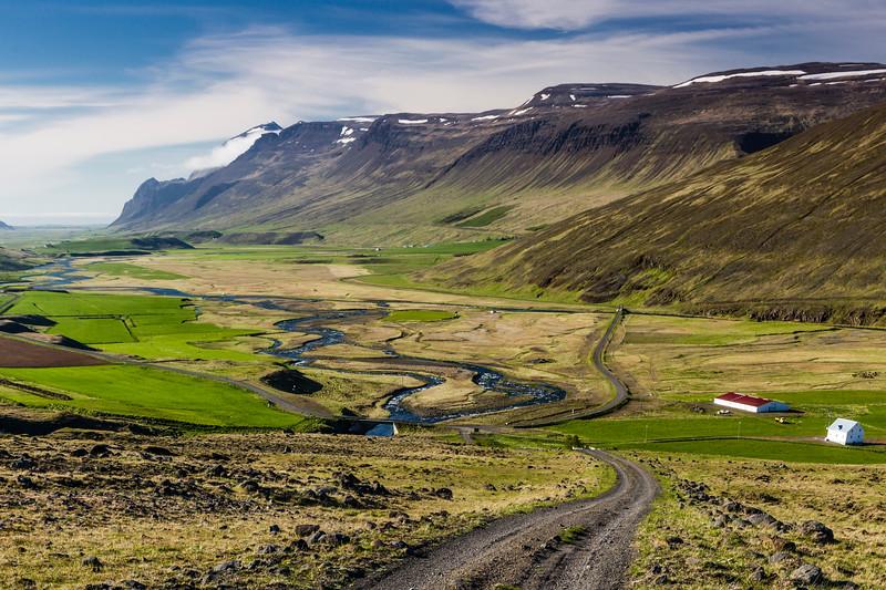 Iceland-Tindar