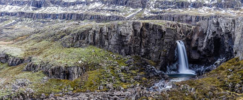 Iceland-Berufjörður-Folaldafoss