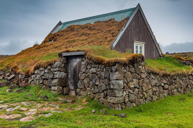 Iceland-Hveravellir Nature Reserve-Hveravellir Turf House