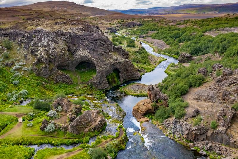 Iceland-Gjáin