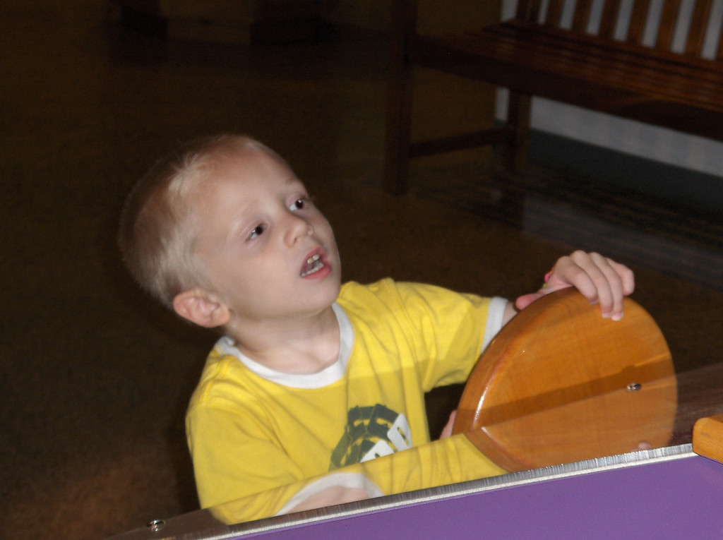 Elliott at the Discovery Center