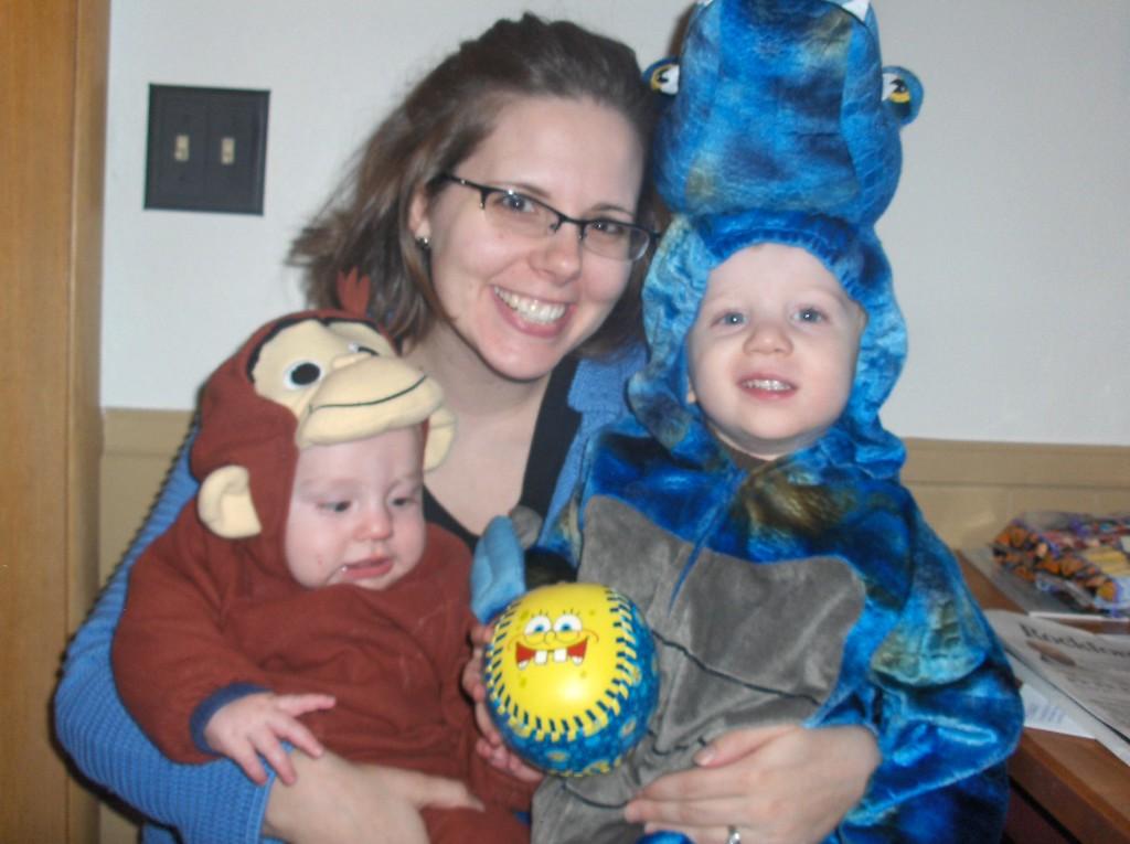 Elliott and Soren Swenson with Jennifer on Halloween.  Oct. 2008