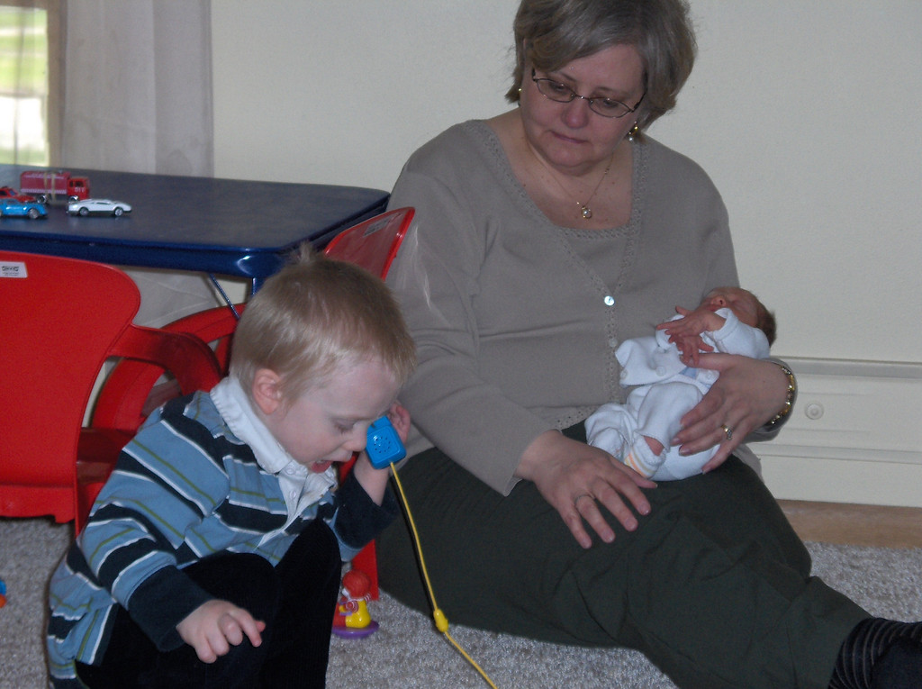 Elliott and Soren Swenson with Grandmother, May 2008