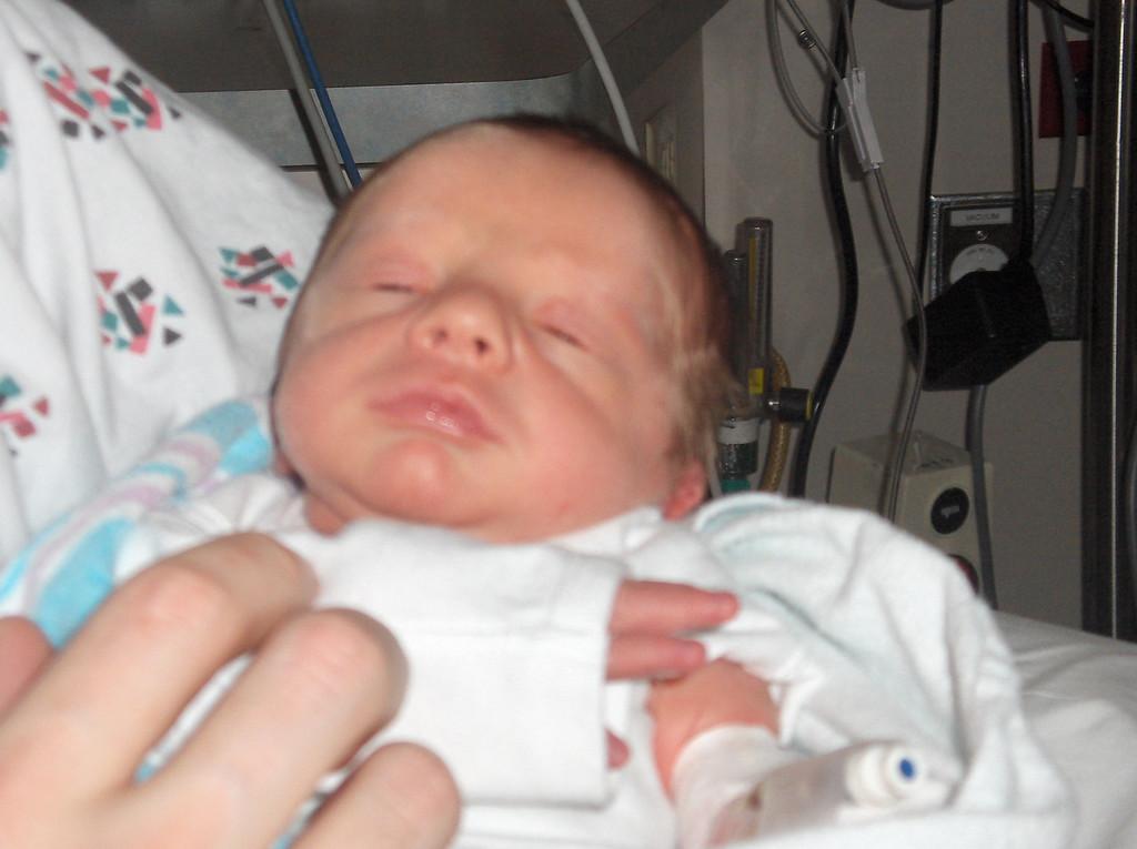 Soren Swenson.  Week 1 in the hospital.  May 2008.