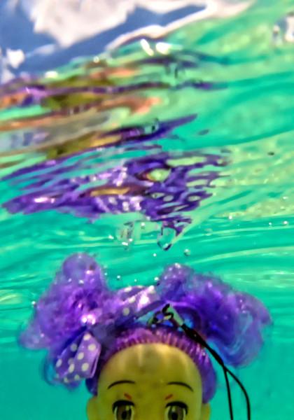 Avia under water