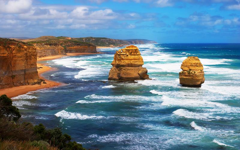 The Twelve Apostles looking east, Victoria