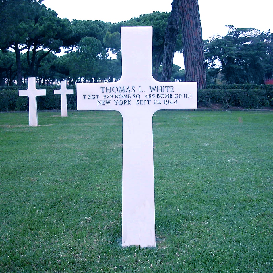 marker at the Sicily-Rome American Cemetery & Memorial