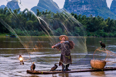 Casting the net_Guilin China