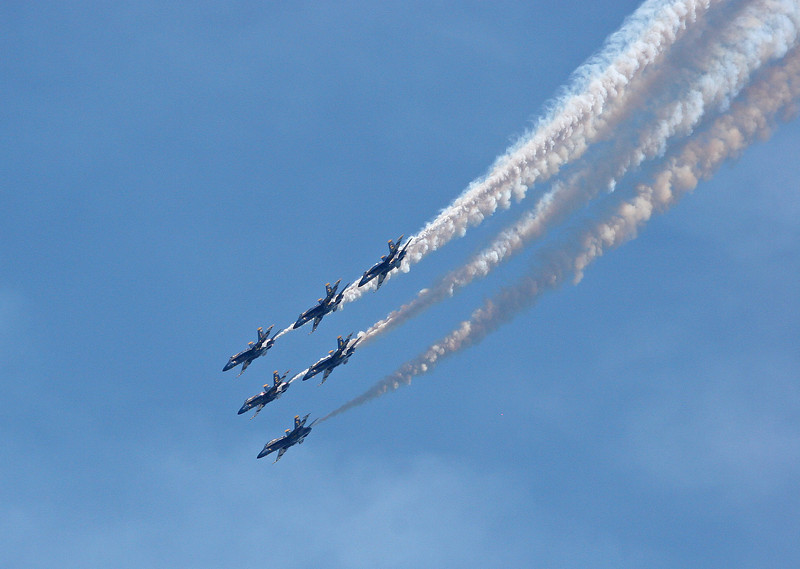 The Blue Angels perform over Lake Washington
