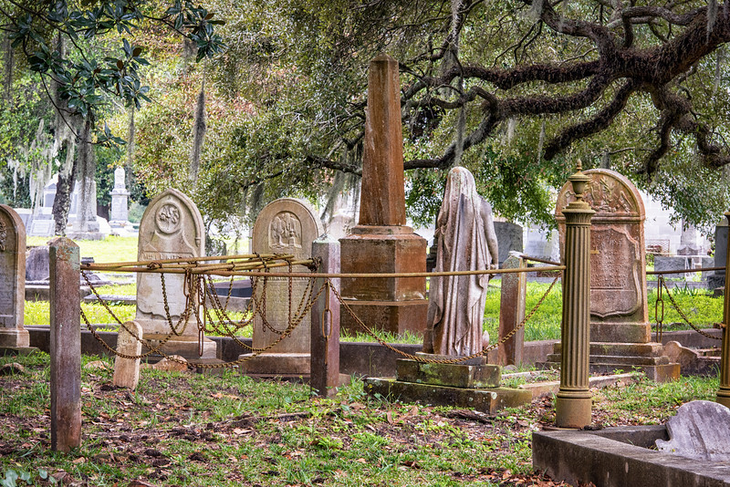Tombstones and Statues at Magnolia Cemetery