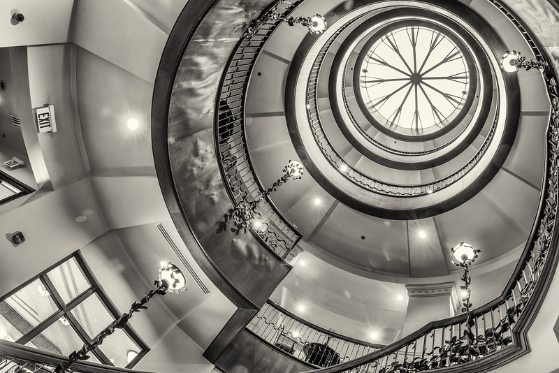 Staircase and dome of the entrance lobby, French Quarter Inn