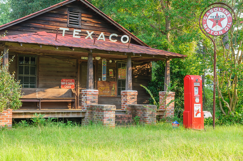Texaco landmark now gone due to widening of Highway 17 in 2011