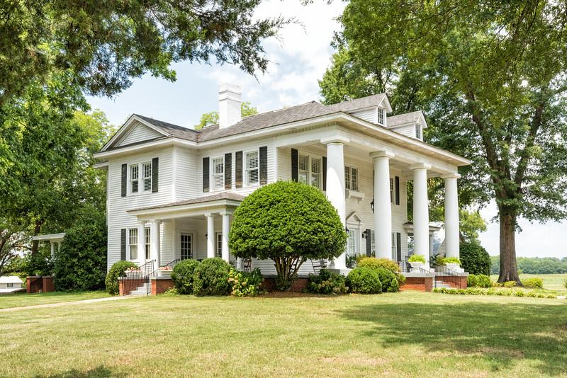 Restored plantation house, Evergreen, SC