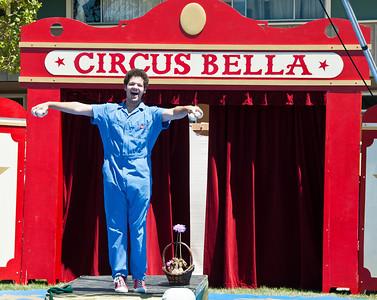 circus-juggler-2