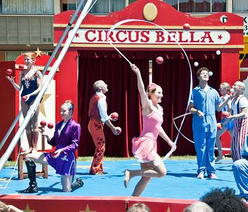 circus-performers-3