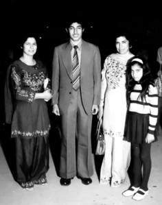 Aunty Sitara, Amer, Mummy and Saadia on Amer's departure to Ankara.