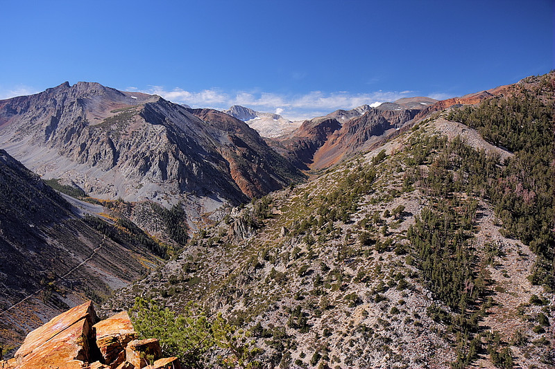 And here's the scene from the same vantage point looking west into the Hoover Wilderness and Yosemite National Park.