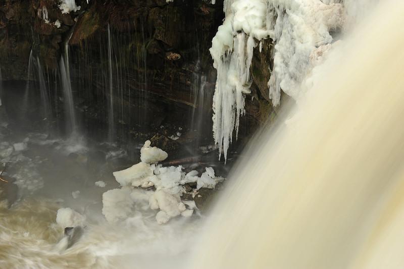 Buttermilk Falls Leroy 010111 53 DSC_4268