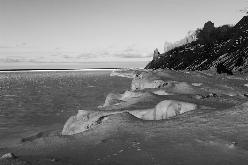 Chimney Bluffs 022110 39 bw DSC_1755