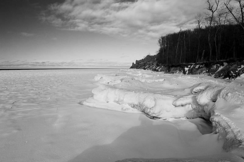 Chimney Bluffs 022110 14 bw DSC_1692