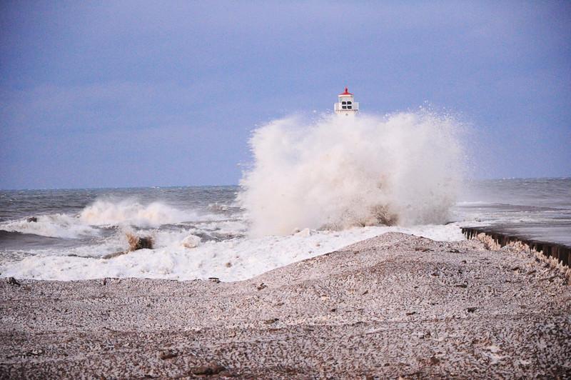 sodus point wind storm 122808 on nikon d90 15jpg