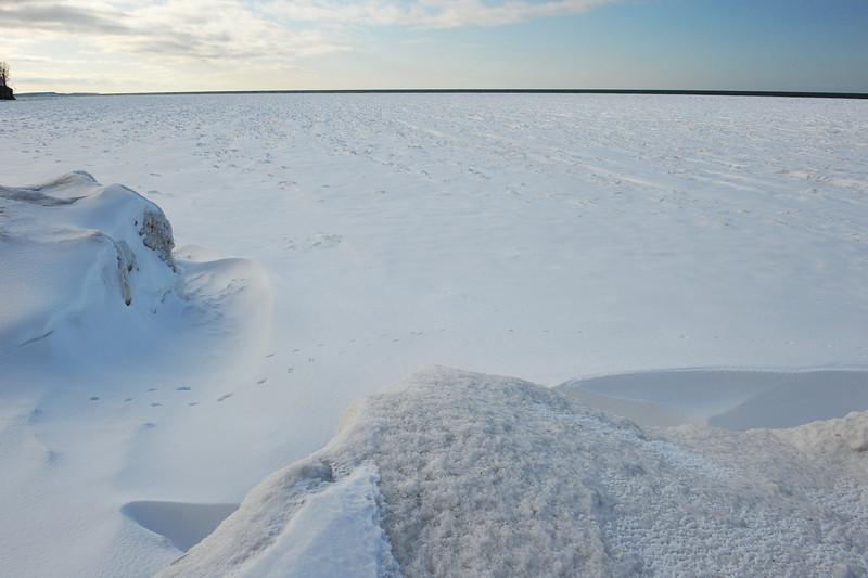 Chimney Bluffs 022110 6-Lake Ontario frozen half mile out DSC_1681