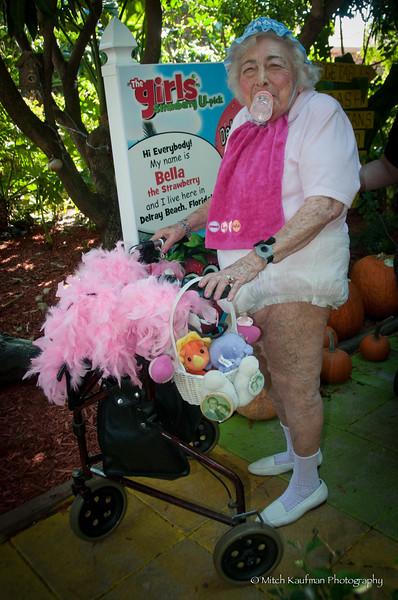Granny in Diaper-274
