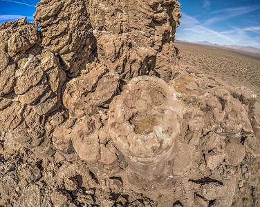 064 Limestone tufa towers, Winnemucca Lake