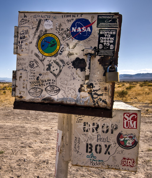 018 Area 51 Mail Box, Rachel, NV