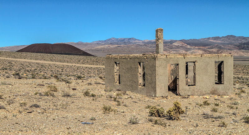 147 Blair, Nevada. Town site of the Pittsburg-Silver Peak Gold Mining Company in 1906.