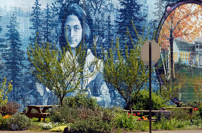 Mural in Cottage Grove.