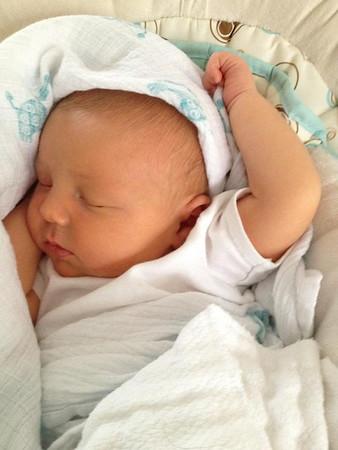 Cyrus napping