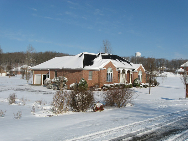 Lacey Home in Paris, Tennessee, March 2007. It does snow in Northwest Tennessee!