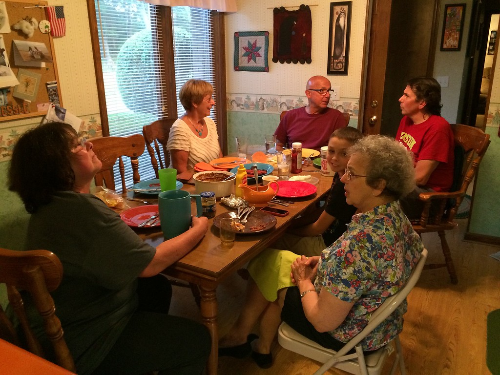 Frank Bonini family visits Lacey Family at Frank Lacey home in McKenzie