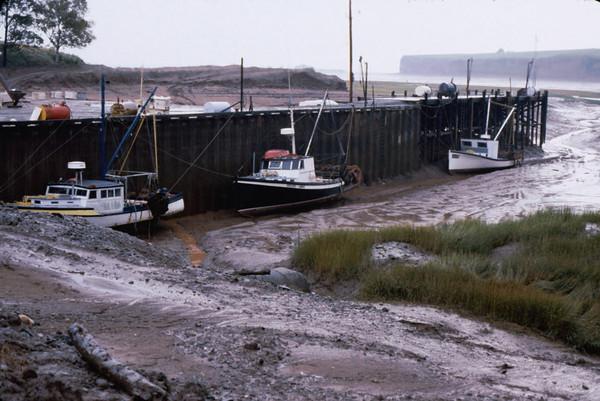 Nova Scotia has 50 foot tides at peak.