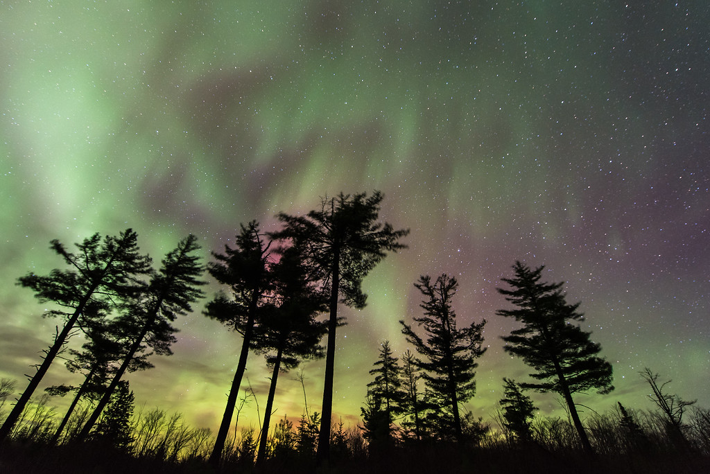 "AURORA 4074<br /> <br /> ""Another awesome aurora show!""<br /> <br /> Northern Lights on April 15, 2015"