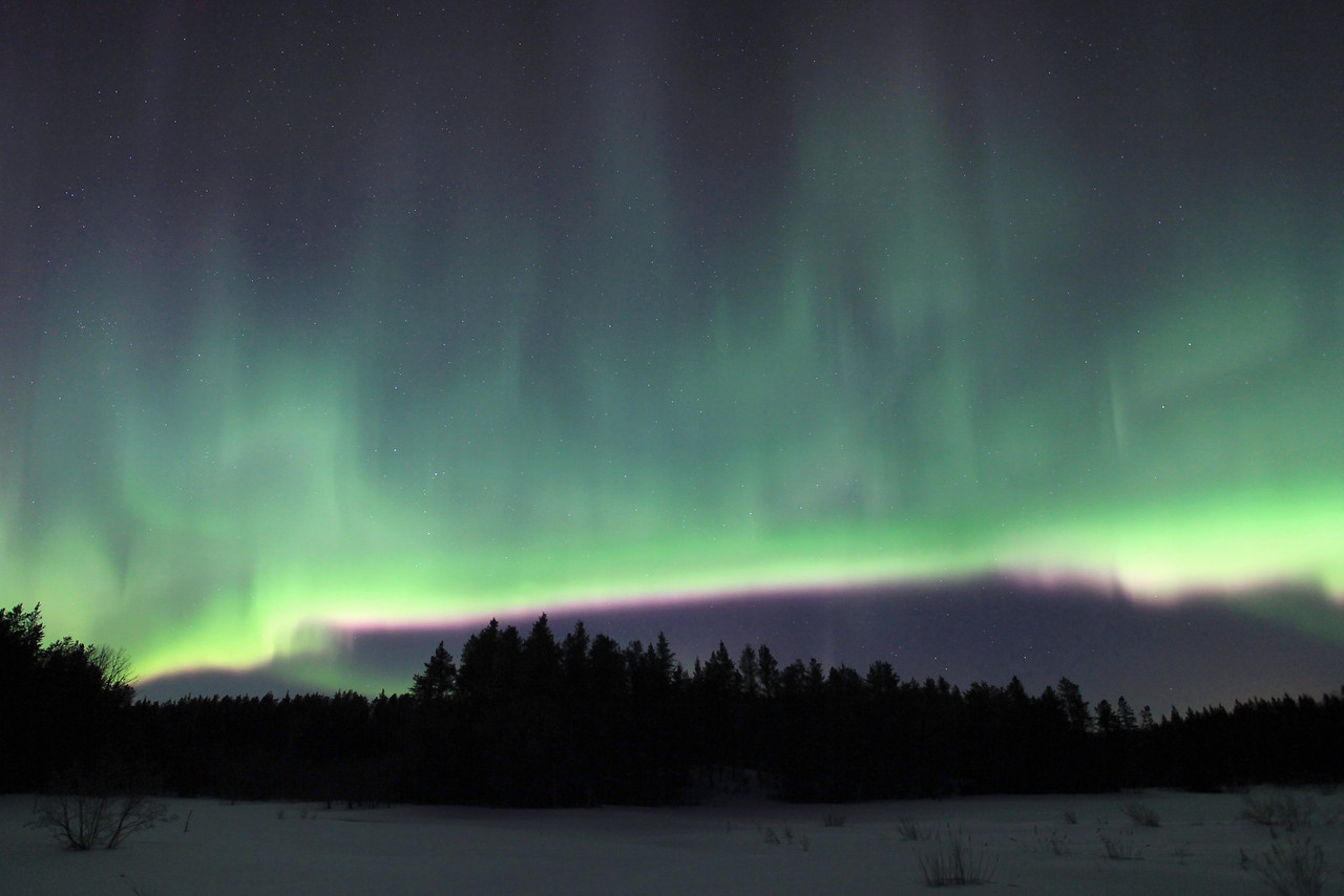 "AURORA 6259  ""Solar Tsunami - Waves in the Sky""  March 10, 2011"