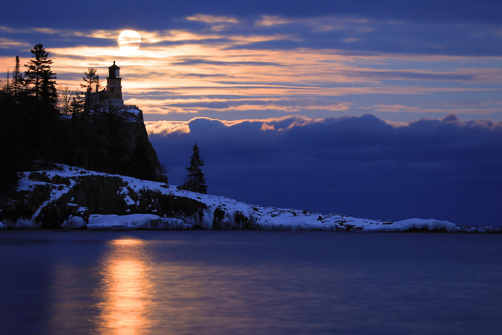 """MOONLIGHT 4591<br /> <br /> """"Split Rock Moon""""<br /> <br /> Split Rock Lighthouse State Park, MN"""