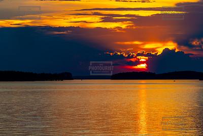 Sunset over Lake Strom Thurmond SC