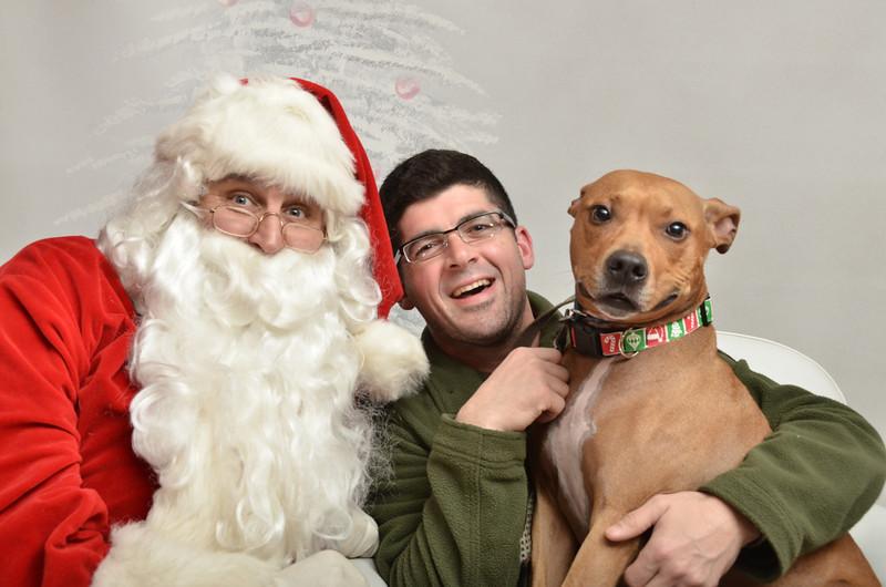 Fetch Santa13-8156