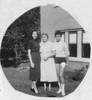 L >> R Kathleen, Madeleine and Beatrice Bonini