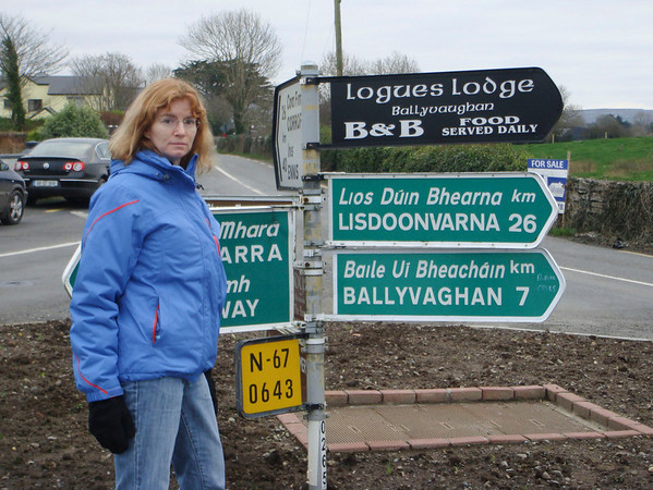 Lisdoonvarna road sign