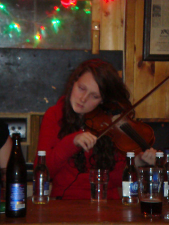 Doolin Session Fiddle player