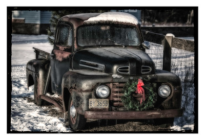 Christmas Classic Ford Pickup